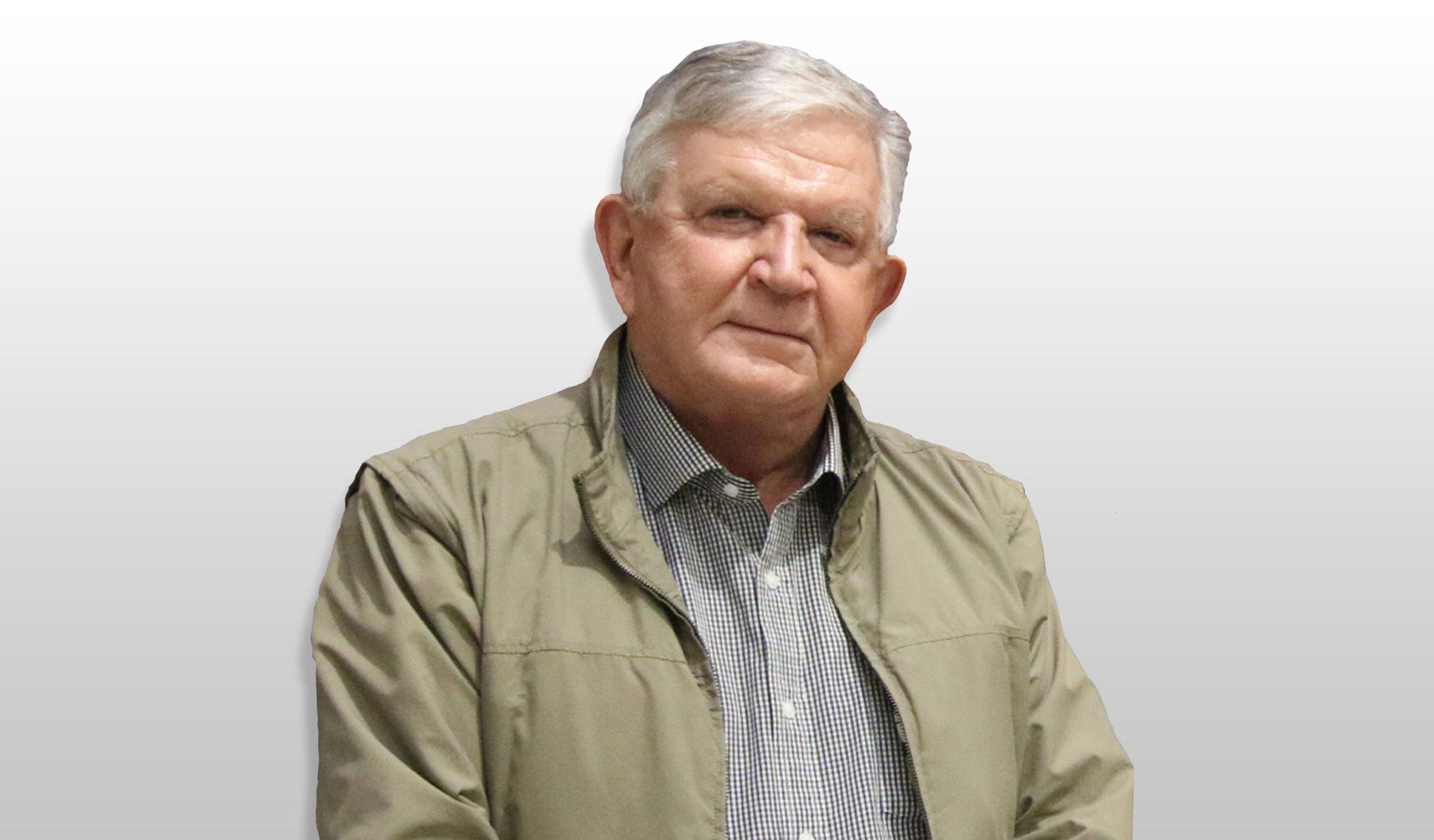 Professor-Raoul-Mortley